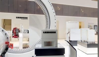 DIGITAL SHOW BOOTH | Liebherr 3D Model